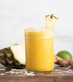 Problemi di dolori articolari? Provate questa bevanda a base di curcuma e zenzero per avere un po' di sollievo e ridurre l'infiammazione. I dolori articolari sono una condizione che tutti, prima o poi