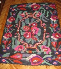 Romanian carpet / kilim ,hand woven rug from Transylvania available at www.greatblouses.com