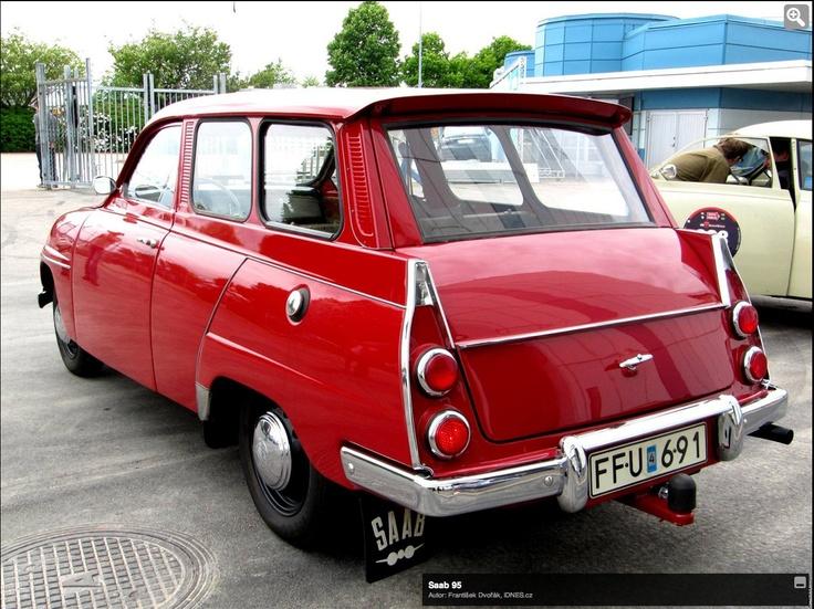 Saab. Den första bil jag körde, med rattväxel.