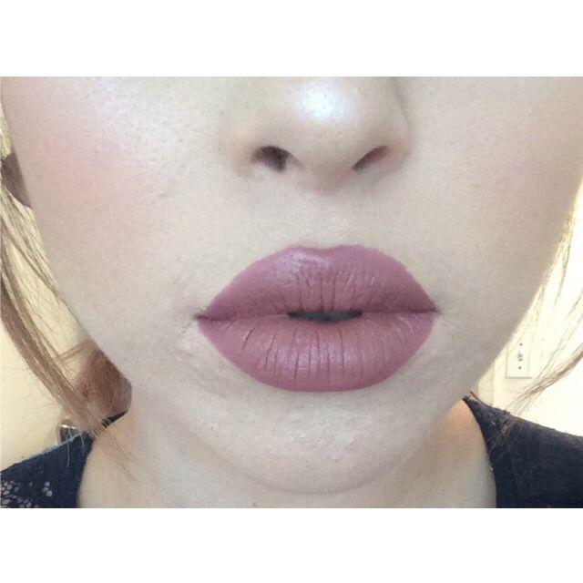 My kylie Jenner lip. for the liner I used essence satin mauve, for lipsticks I used Mac's velvet teddy and elf's tea rose.