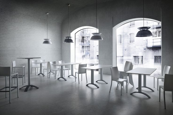 Tavoli e sedie minimali / minimal tables and chairs photo auber.it photo auber.it