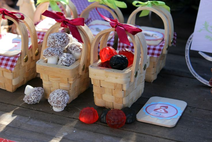 Bondville: Party Ideas: Little Red Riding Hood Birthday Party