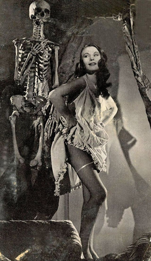 Happy Halloween! A small collection of horror vintage photos capturing people dancing or posing with skeletons to wish you all a happy Hallo...