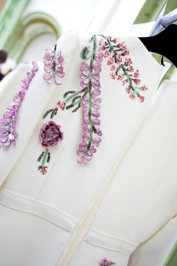 Giambattista Valli Spring 2016 Ready-to-Wear detail