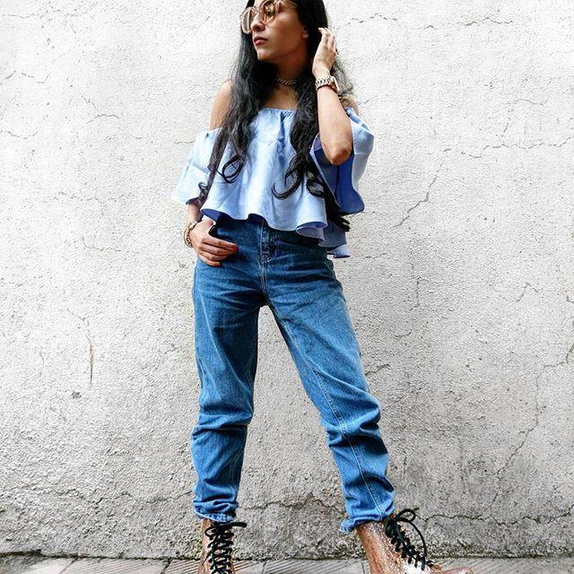 #NehaMenghwani #stylessential #casual #ootd #rainydays #blurbook .  -@dhwanisomaiya .  .  .  .  .  .  .  .  .  .  .  .  .  .  .  .  .  #monsoonready #rainboots  #denimondenim #glitterboots #boots #offshouldertop #vogue #casual #whatiwore #aboutalook #streetstyleindia #indianfashionblogger #mumbaifashionblogger #mumbaiblogger #indianstyleblogger #love #tonaldressing #whowhatwearing #indi...