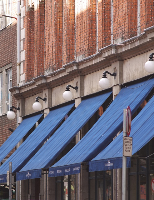 250212_fallon_byrne by wgj_pics, via Flickr - find us under the navy awnings