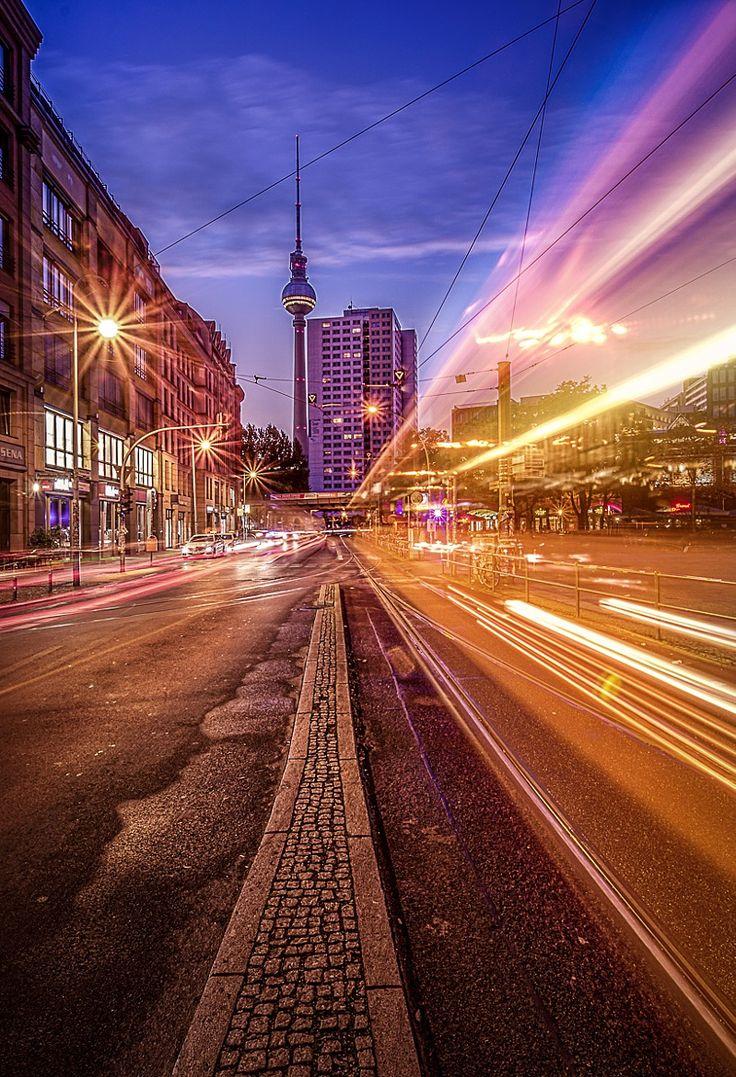 Fotograf Berlin - Hackescher Markt von Thomas Bechtle auf 500px