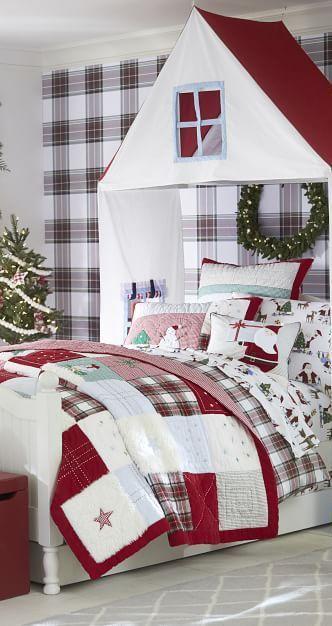 Jolly Santa Quilt Kid\u0027s Christmas Bedding #christmas #kids