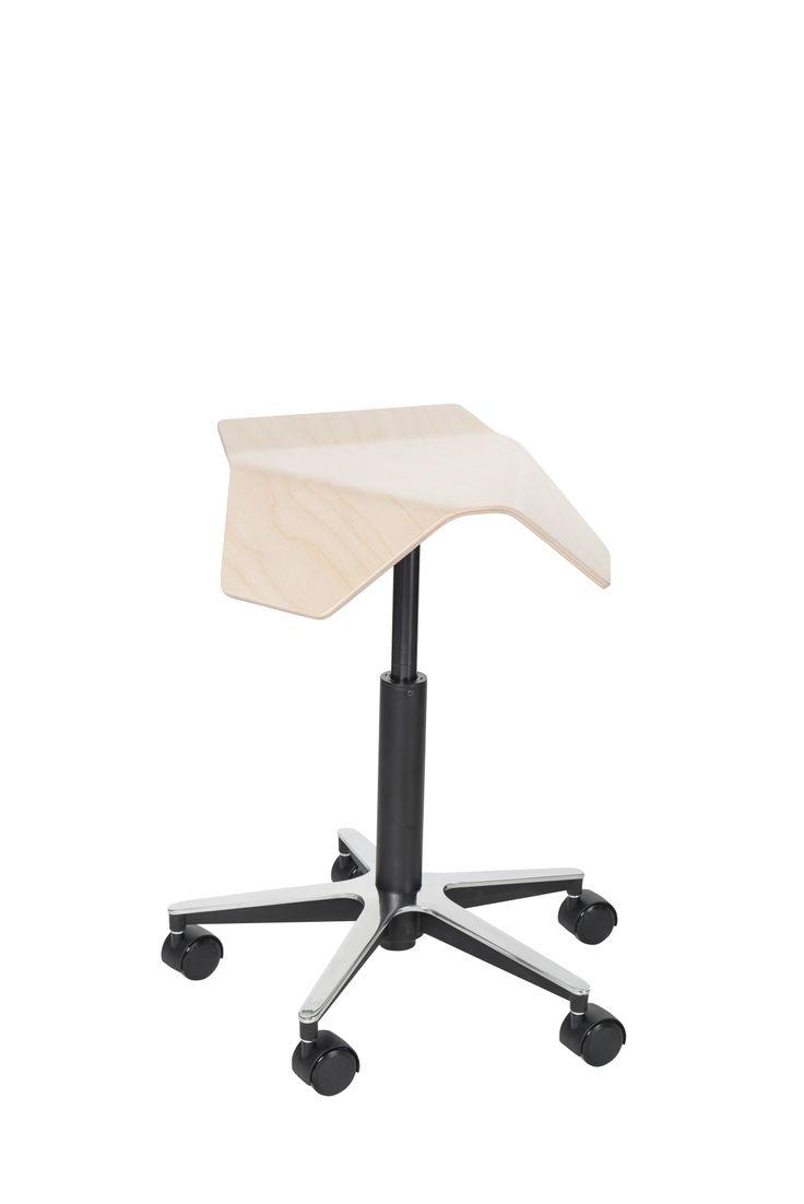MyKolme – ILOA tuoli. Väreinä vaalea koivu ja musta saarni. #habitare2014 #design #sisustus #messut #helsinki #messukeskus