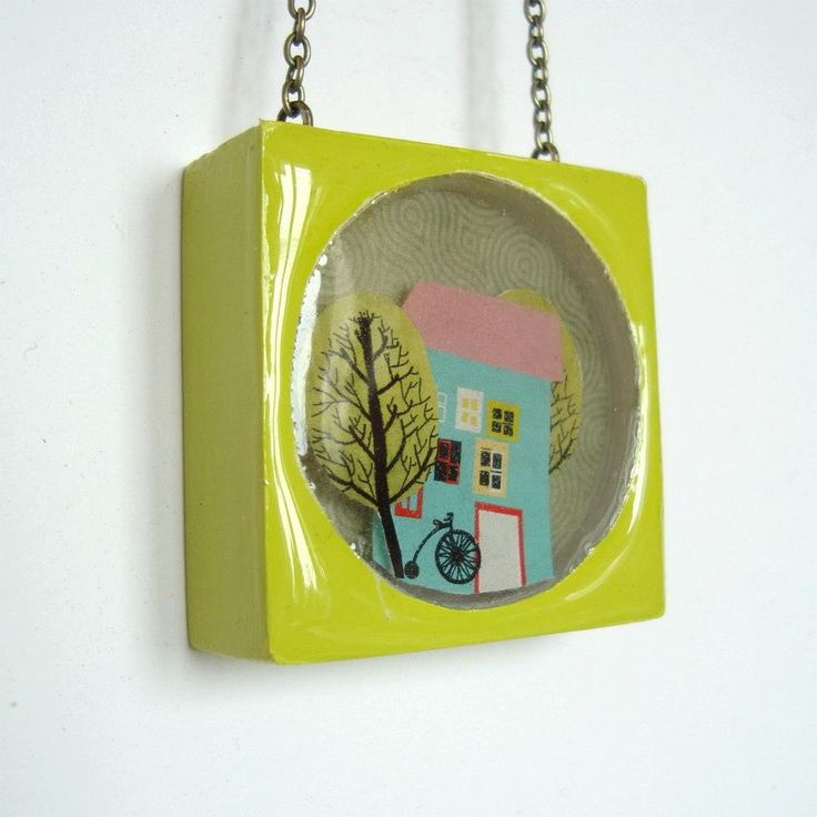 Petimonde- A small world in a piece of medallion by Rosehip. http://caleidostore.com/designers/rosehip/