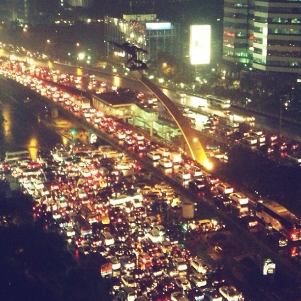 Welcome to Jakarta's traffic jam......Actually Jakarta is just one big traffic jam. Forgetting the horrendous traffic......I like the place. Much more politically and religiously relaxed than Malaysia.