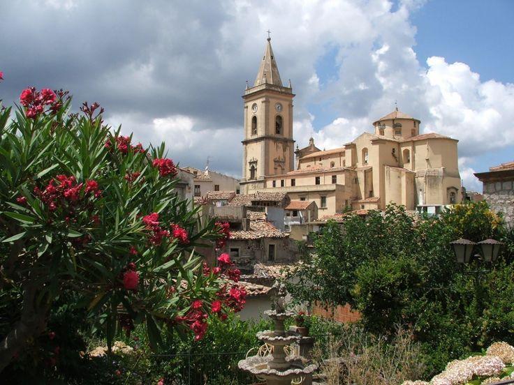 "Novara di Sicilia #visitsicily #villages ""annodeiborghi"
