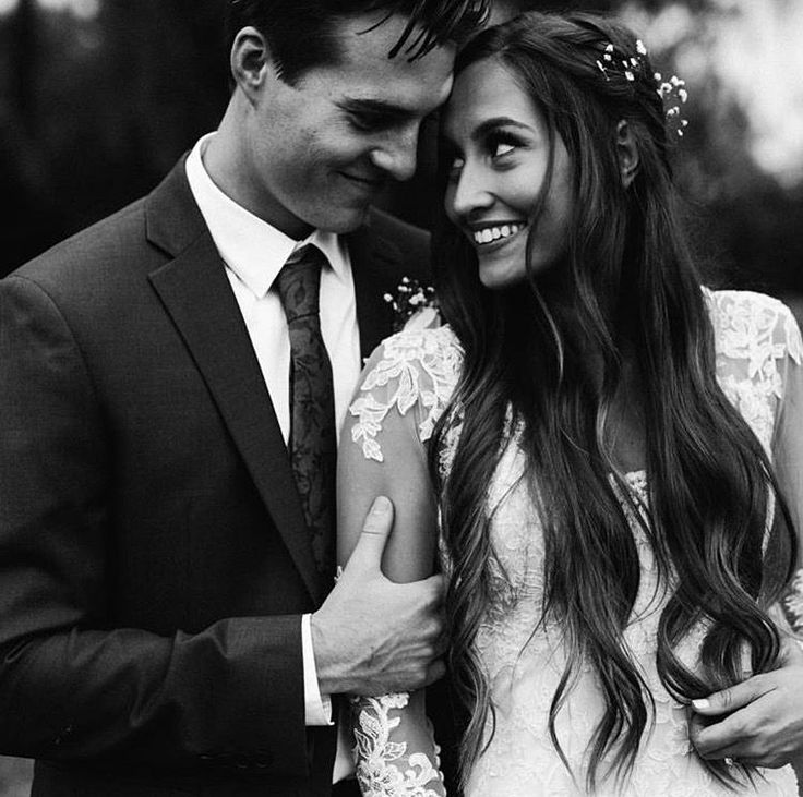 Marvelous 25+ Best Wedding Styles Kristin Lauria https://www.fashiotopia.com/2017/09/28/25-best-wedding-styles-kristin-lauria/ Her sister has appeared within her videos. She's incredibly down-to-earth and simple to listen to so you'll definitely delight in watching her videos. So he should have dated with a lot of girls but his dating history is similar to empty