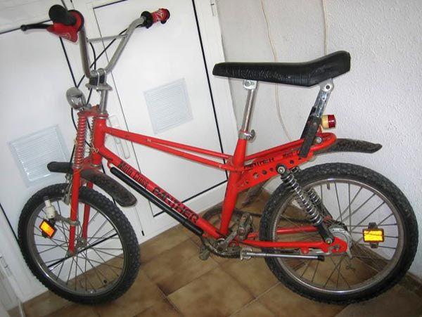 #Bicicleta Derbi Rabasa #Panther, con frenos de tambor y amortiguadores traseros.