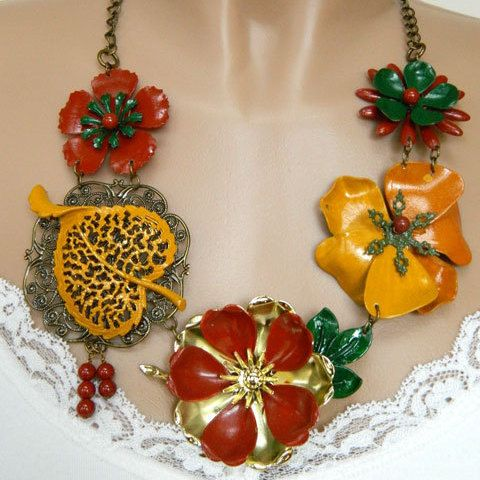 Costume Jewelry Necklace, Flower Necklace for Women, Adjustable Necklace, Chunky Statement Necklace, Orange Necklace, Handcrafted Jewelry #handcrafted #jewelry