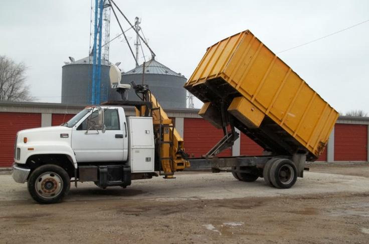 Knuckle Boom Truck Articulating Crane Dump Box Log