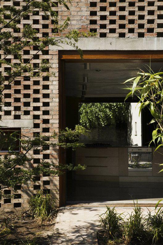 House 1 + House 2 / TAKA | ArchDaily