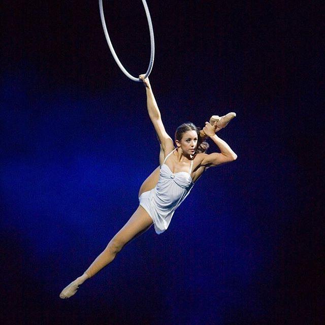 Amazing! Check @laiscgs #poledance #pole #polefitness #poledancer #polesport #sport #girl #russiangirl #sportgirl #sportgirl #aerial #hoop #aerialphotography #aerialsilks #aerialhoop #motivation #exotic #streching #handstand #split #sexy #beautiful #sportlovingpublic #flexible #circus #gymnastics #active #train #fit #justdoit #workout