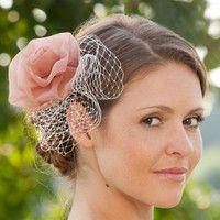 headpiece mit rose aus seidenorganza und hutschleier (http://www.noni-mode.de) bridal fascinator with pink rose made of silk organza.