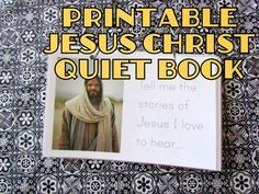 Jesus Christ Flipbook {FREE quiet book printable}. Perfect easy DIY Easter Gift for toddlers and beginning readers!