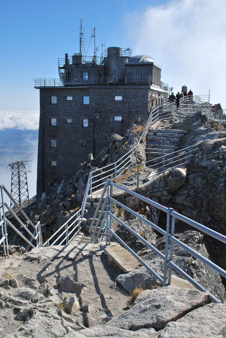 Lomnický štít. The highest situated point in Slovakia where people regularly work is the observatory at the top of the peak Lomnický štít in the mountain range Vysoké Tatry. It is at the altitude above sea level of 2,632 m. The top of the peak Lomnický štít in the mountain range Vysoké Tatry is the ideal place for valuable meteorological and astronomical research and measurement. The building from 1940 was constructed along with the rope funicular and it is a remarkable technical structure.