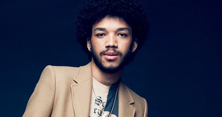 Jurassic World 2 Adds The Get Down Star Justice Smith -- The Get Down star Justice Smith has joined the growing cast of Universal's Jurassic World 2, including Chris Pratt and Bryce Dallas Howard. -- http://movieweb.com/jurassic-world-2-cast-justice-smith/