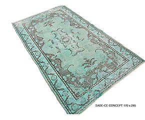 Mooi tapijt voor bij die groene muur!