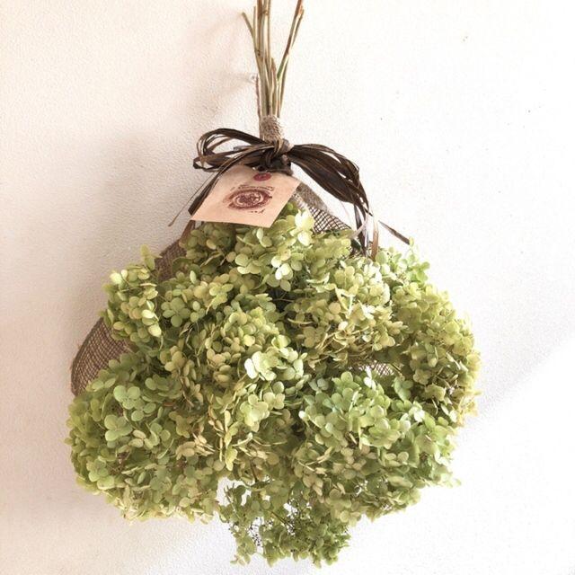 ドライアンティーク紫陽花アナベルのスワッグブーケ 約40 ハンドメイドマーケット Minne ドライフラワー 紫陽花 ハロウィン プレート