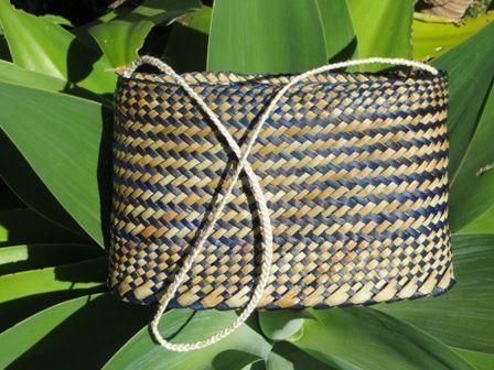 Flax Weaving - Kete whakairo with muka handle
