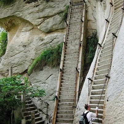 Most dangerous steps in the World: Buckets Lists, Favorite Places, Huashan, Shaanxi Provinc, Mounthua, Hua Shan, Danger Hiking, Mount Hua, Challenges Accepted