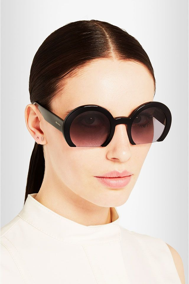 The Miu Miu Rasoir Model is a Contemporary Take on Jackie O's Style #sunglasses trendhunter.com