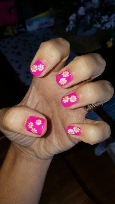 Daisy nails on my left hand.