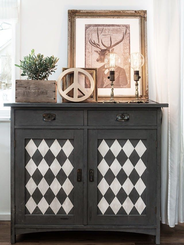 pattern furniture. made in persbo med hela huset fullt av omgjorda loppisfynd pattern furniture