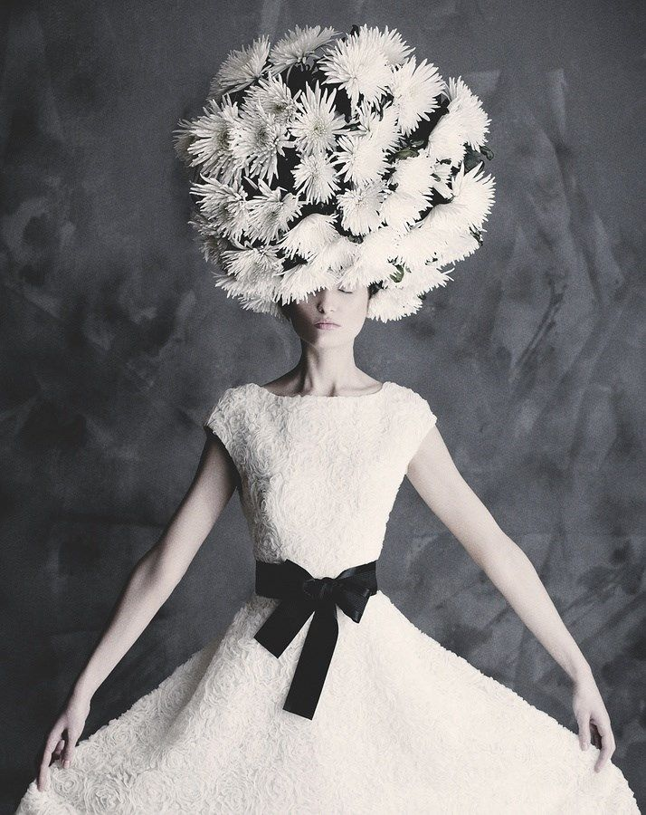 """""""Always guarding one's real, precious self in a cocoon of tranquility within a thousand masks. Life itself had become a secret affair.""""  ― Mary Balogh, A Secret Affair #teamsuewong #suewong #inspiration #quote #fashion #beauty"""