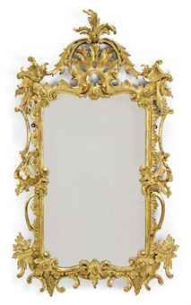 GEORGE III CARVED GILTWOOD MIRROR IN THE MANNER OF CHIPPENDALE, THIRD QUARTER 18TH CENTURY, REGILT