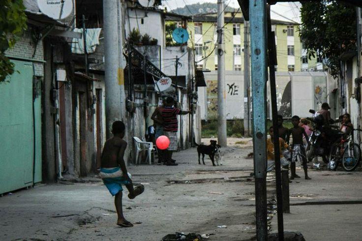 Ensayo fotográfico: el fútbol en la favela Cidade de Deus  Ensayo fotográfico de la agencia AFP en Ciudad de Dios.  Foto:AFP