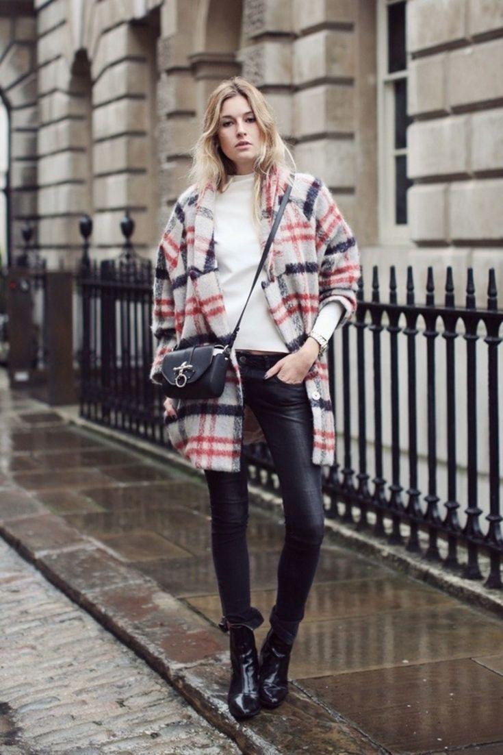 Diese 12 Outfit-Ideen für Regentage beweisen, dass der Stil zu 100 Prozent wasserdicht ist