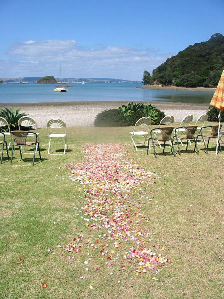 Who wouln't love a wedding in this setting? Waiheke Island Weddings and Events can access these beautiful beaches for your special day.