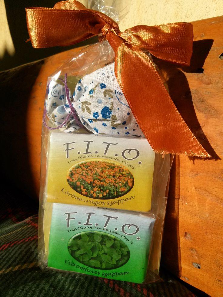 FITO ajándékcsomag:1db körömvirágos+1db citromfüves szappan+1db levendulazsák.: info@fitoszappan.hu