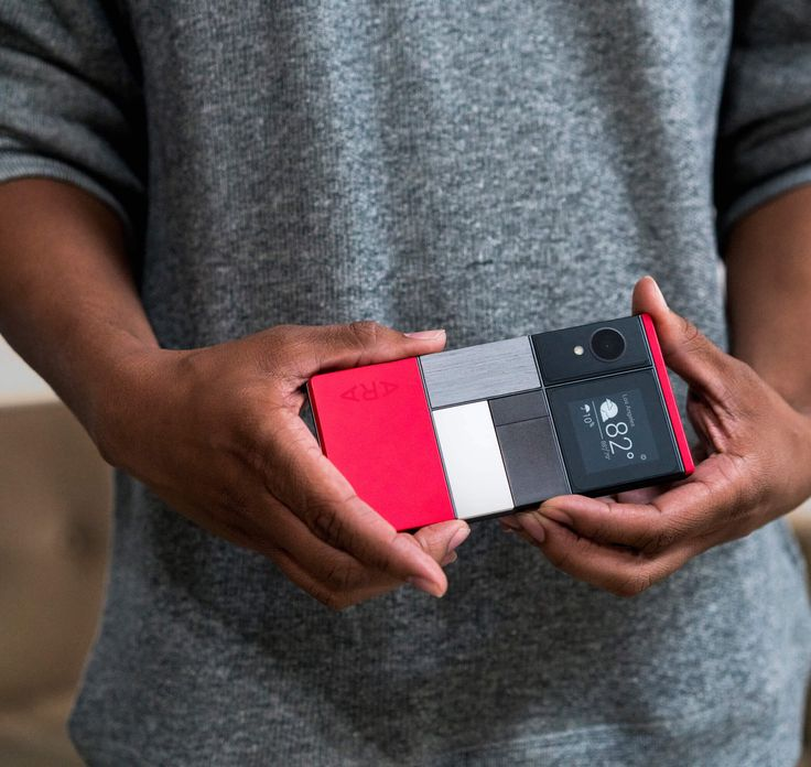 Meet Ara, the modular phone. Developer Edition Shipping Fall 2016.