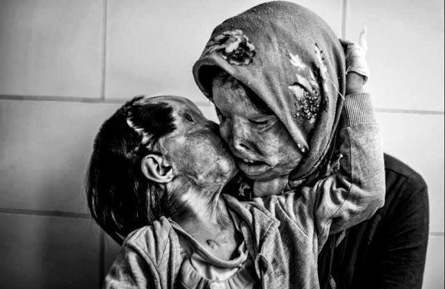"""""""Les gens stupides ne voient la beauté que dans les belles choses"""" - Oliviero Toscani #Iran #WorldPressPhoto2013 #Ebrahim_Noroozi"""