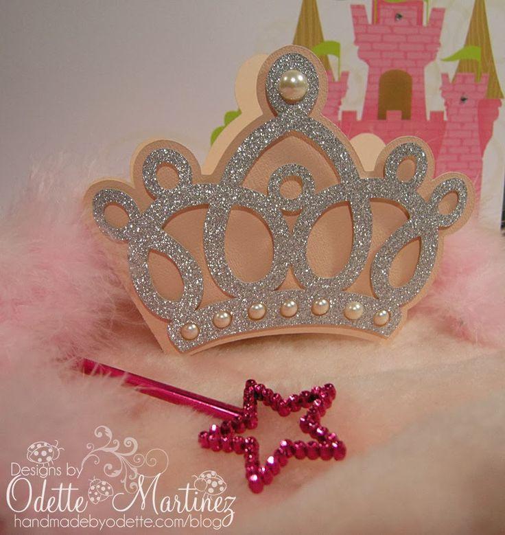 Imprimir 2 veces la imagen de la corona para hacer la plantilla Materiales ♥ Cartulina