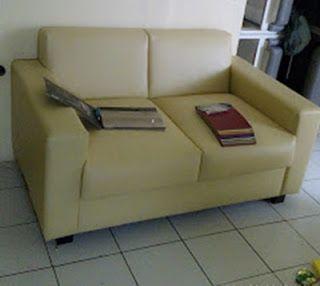 2 Sett sofa Minimalis Ruangan Tamu Plus PUP
