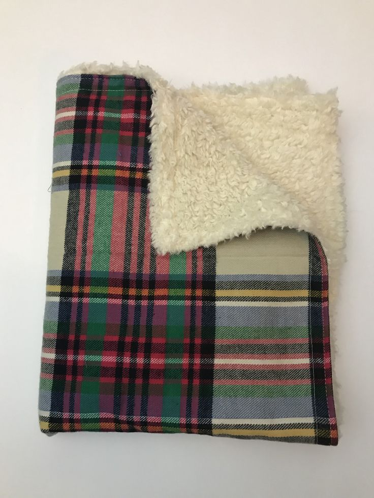Truckee Holiday Tartan Throw