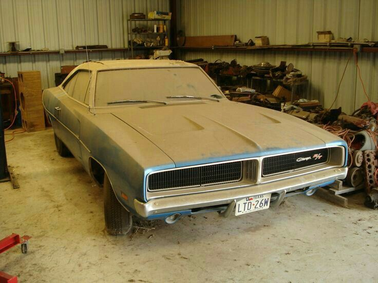 Dodge Chargers Barn Finds Plymouth Rust Peace Charger Room