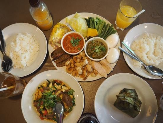 Tong Tem Toh: Lunch for two on a hot day - See 329 traveler reviews, 419 candid photos, and great deals for Chiang Mai, Thailand, at TripAdvisor.