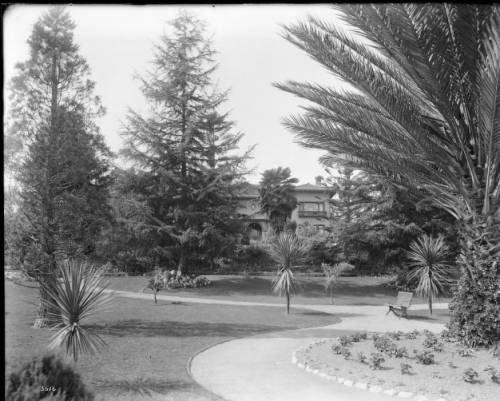 Home of Robert and Clara Burdette. 1890s http://digitallibrary.usc.edu/cdm/ref/collection/p15799coll65/id/17417
