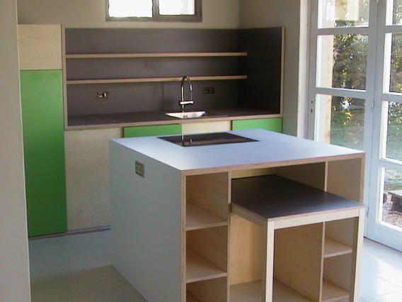 kitchen in birch plywood with matt colored laminate (ABET SEI DUE)
