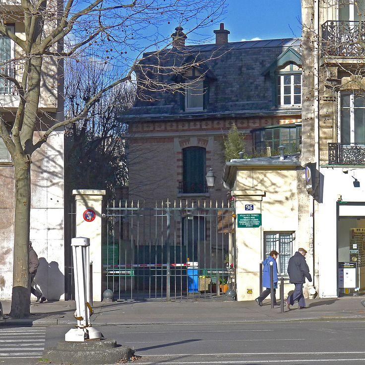 Villa des Ternes au niveau du 96, avenue des Ternes Paris