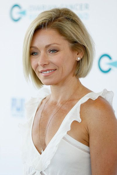 More Pics of Kelly Ripa Bob (5 of 10) - Short Hairstyles Lookbook - StyleBistro